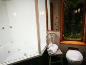 Goldsborough Suite Bathroom
