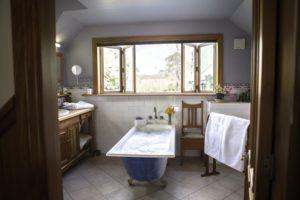 Waimea Suite Bathroom
