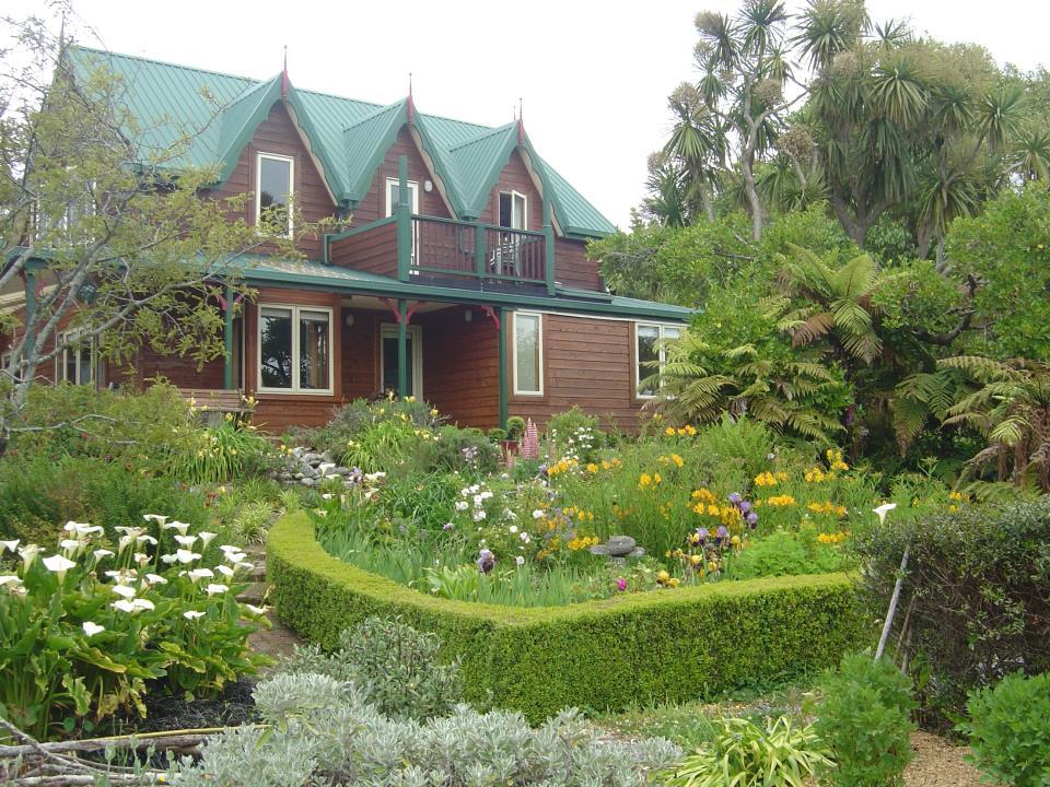 Landscaped gardens at Awatuna Homestead